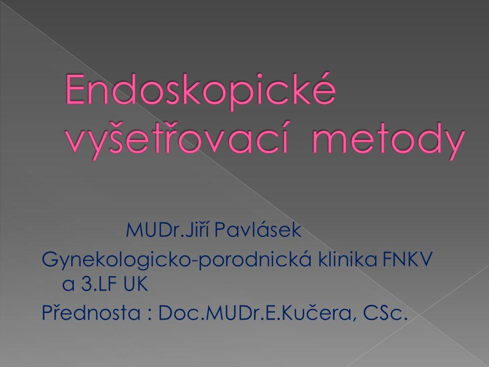 Operační výkony na tubě a ovariu - - -mikrochirurgické ošetření adnex - ošetření ložisek endometriózy, včetně exstirpace endometriomů - ošetření ektopické gravidity (salpingektomie, salpingotomie) - salpingektomie před IVF - tubární sterilizace - řešení tuboovariálních pozánětlivých komplexů - ošetření polycystických ovarií (drilling) - exstirpace ovariálních tumorů včetně adnexektomie (endobag) - detorze tuby, resp.adnex - exstirpace parovariálních cyst