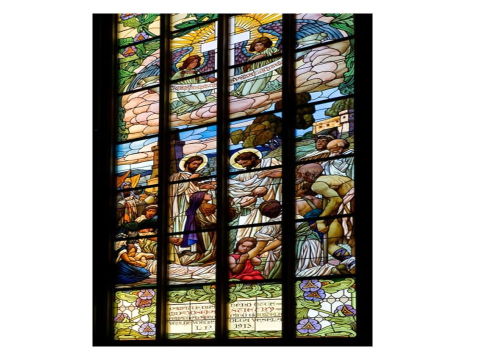 V detailu výzdoby hlavní lodi v chrámu sv.