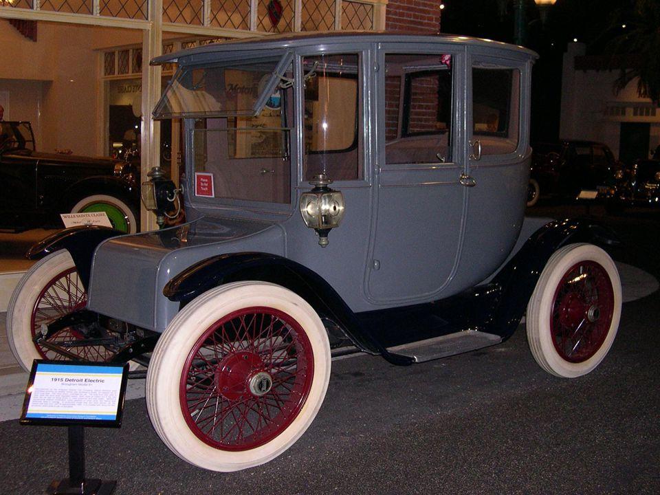 JEŠTĚ KVALITNĚJŠÍ DETROIT ELECTRIC Tento model je ideální nástupce dlouhé řady vozidel, která udržují dominanci společnosti Detroit Electric.