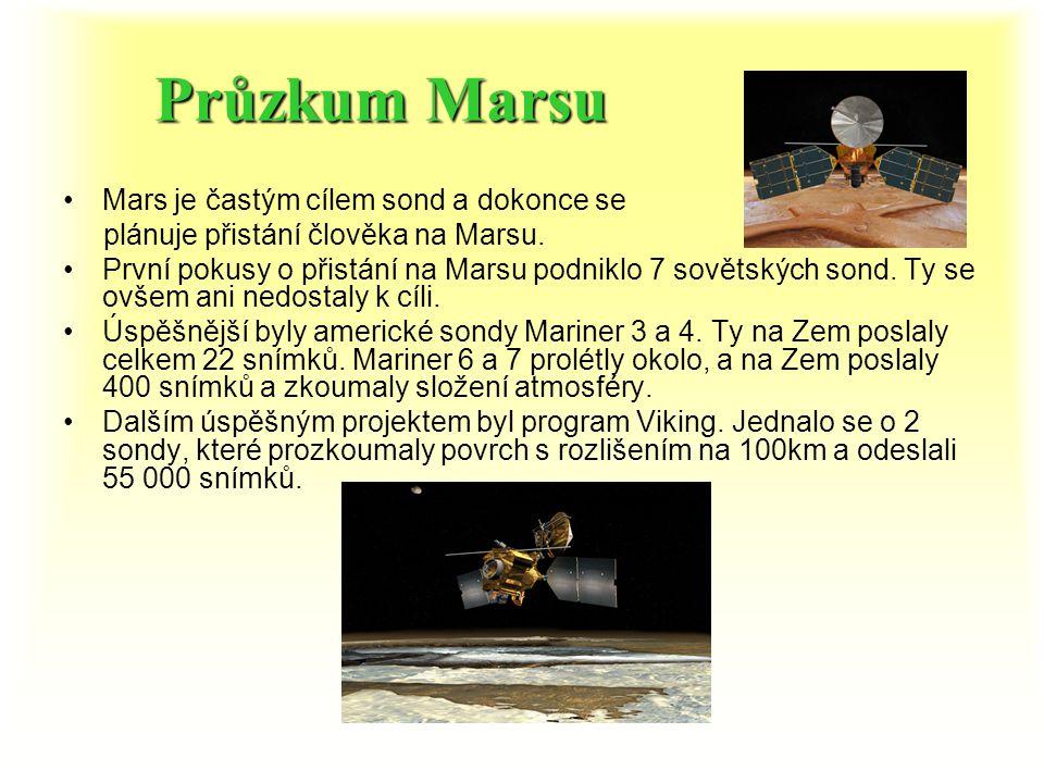Měsíce Marsu Mars má dva měsíce Deimos a Phobos. DeimosDeimos - menší než Phobos – jeho průměr je 10 km. Vzdálenost od Marsu je 23 455 km. Objeven rok
