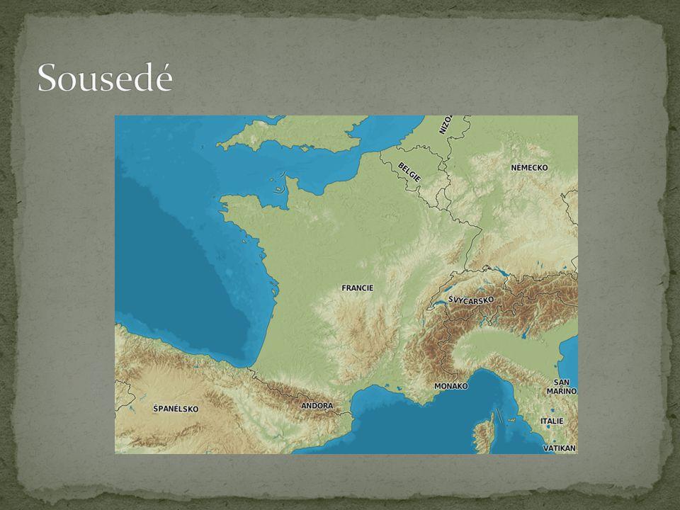 Největšími francouzskými řekami jsou Loire, Rhône, Garon ne, Seina a část toku Rýnu.
