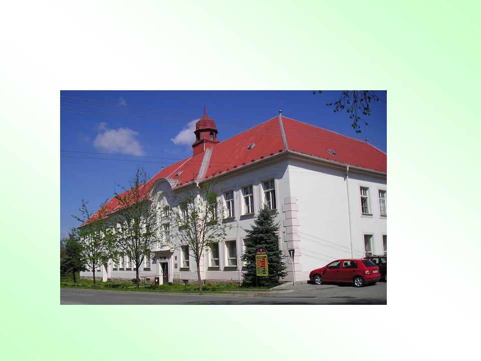 Škola Gymnázium a SOŠ Rájec-Jestřebí, o.p. s. byla založena v roce 1993.