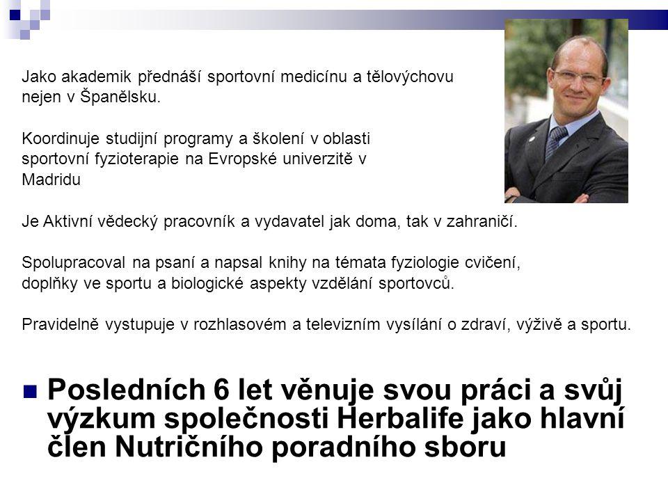 Jako akademik přednáší sportovní medicínu a tělovýchovu nejen v Španělsku. Koordinuje studijní programy a školení v oblasti sportovní fyzioterapie na