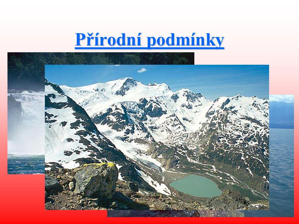 Přírodní podmínky Nejvyšší bod: Monte Rosa (4 634 m n. m.) 2/3 území Švýcarska tvoří vodopády, jezera a hory Tři velké oblasti: Alpy, Střední Švýcarsk