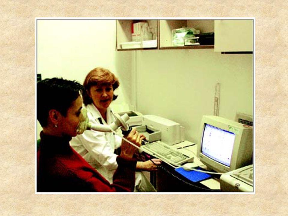 V rámci screeningu může první informaci vedoucí k diagnóze alergózy přinést stupeň eozinofilie v krevním obraze nebo hladina celkových IgE protilátek.
