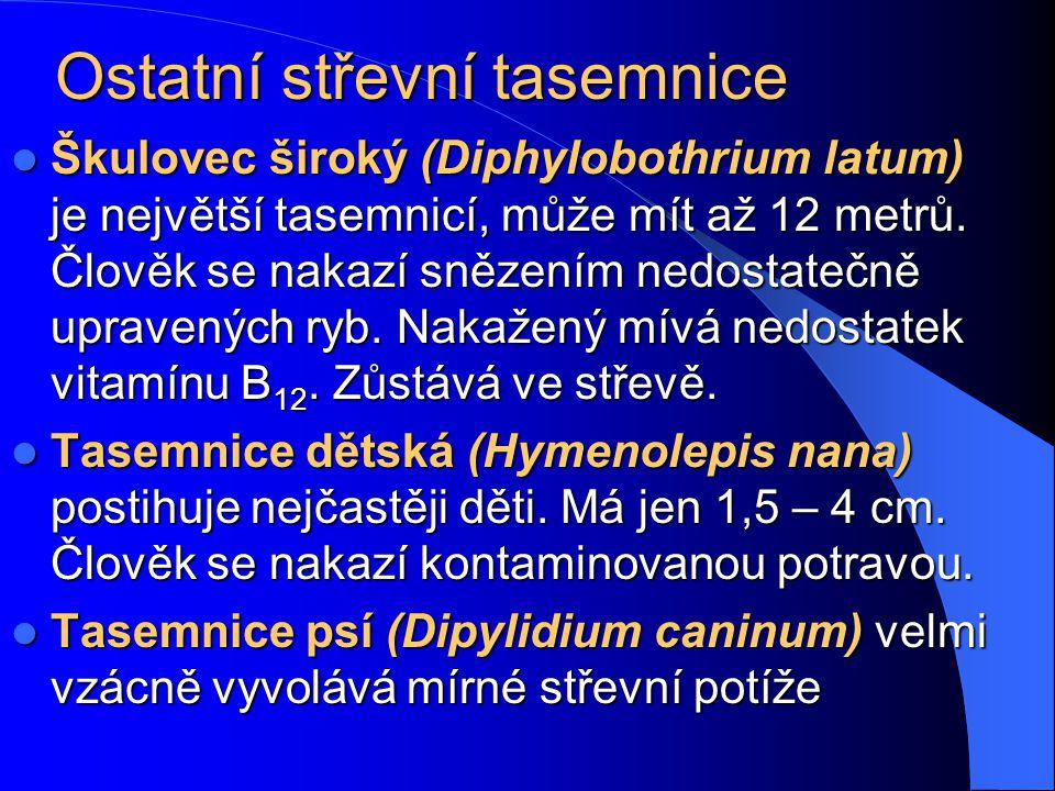 Když je řeč o tasemnicích… Víte, jaký je rozdíl mezi českým vědcem a tasemnicí? No přece – žádný! Oba jsou v…, a občas jim vyjde článek!