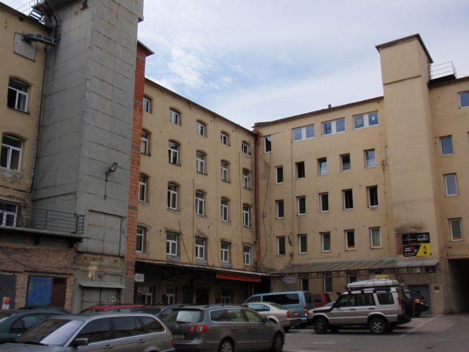 PedF, katedra geografie10 Industriální město Brno Růst města: Průmyslové okrsky v okolí vodních cest a silnic, později železnice (Zábrdovice, Židenice
