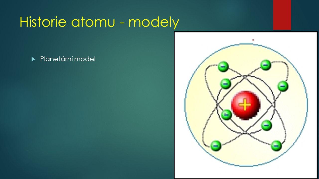 Atom  Jádro+ náboj  Protony p +  Neutrony n 0  Počet p + v jádře a e - v obalu je stejný  Mezi jádrem a obalem působí elektrostatické síly  Obal- náboj  Elektrony e -  Velikost náboje elektronů a protonů je stejná  Atom je elektricky neutrální (nulový náboj)