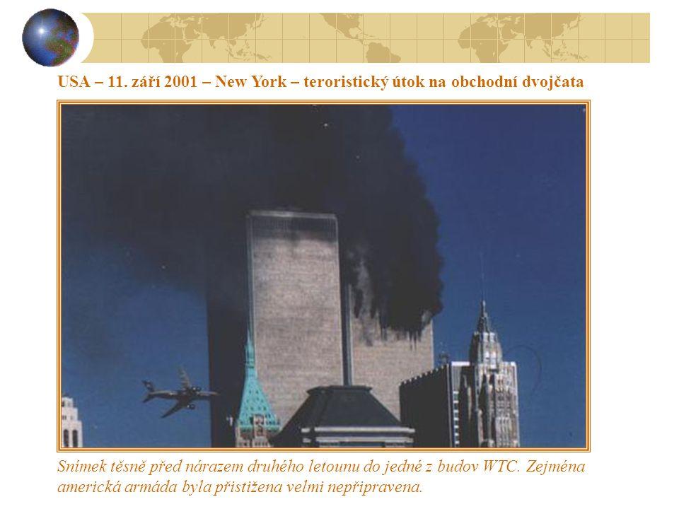 UKRAJINA 1986 – selhání lidského faktoru a následně technologická havárie Havárie jaderné elektrárny Černobyl na Ukrajině 26.dubna 1986 v 1 hodinu 23 minut místního času.