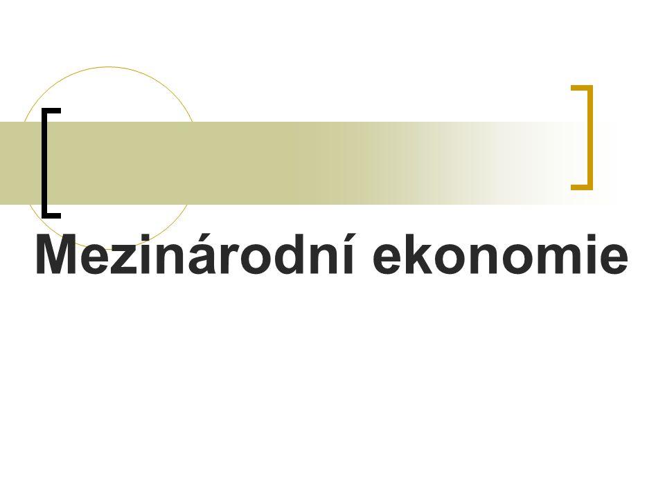 Mezinárodní monetární analýza  Zaměření na monetární stránku mezinárodních vztahů Finanční transakce Nákup USD zahraničními subjekty.