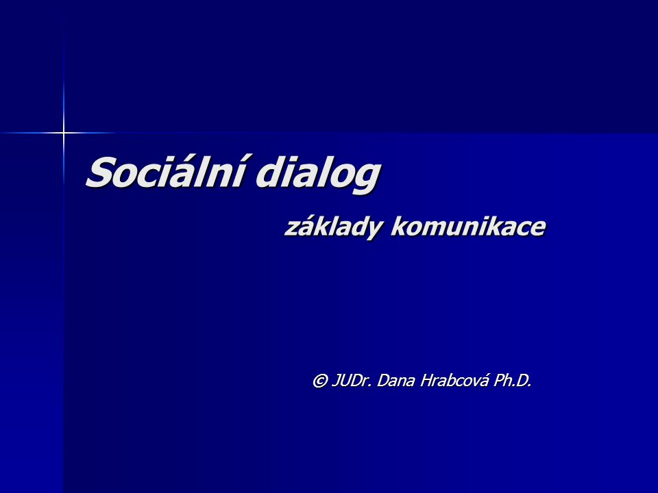 2 Komunikace - vyjednávání TRVALÝ PROCES - NELZE NEKOMUNIKOVAT - PRINCIPY TRVALÝ PROCES - NELZE NEKOMUNIKOVAT - PRINCIPY Osobní komunikační rovina Interpersonální vztahy rodinné, partnerské, pracovní, sousedské, společenské a další Interpersonální vztahy rodinné, partnerské, pracovní, sousedské, společenské a další Profesní komunikační rovina Jednání a kontakt s občany a klienty – úřady a instituce Jednání a kontakt s občany a klienty – úřady a instituce Přednášky, prezentace, pohovory, zkoušky Přednášky, prezentace, pohovory, zkoušky Řízení pracovních týmů - vedoucí zaměstnanci Řízení pracovních týmů - vedoucí zaměstnanci Kontraktační a související návazná obchodní jednání Kontraktační a související návazná obchodní jednání Kolektivní vyjednávání, sociální dialog Kolektivní vyjednávání, sociální dialog