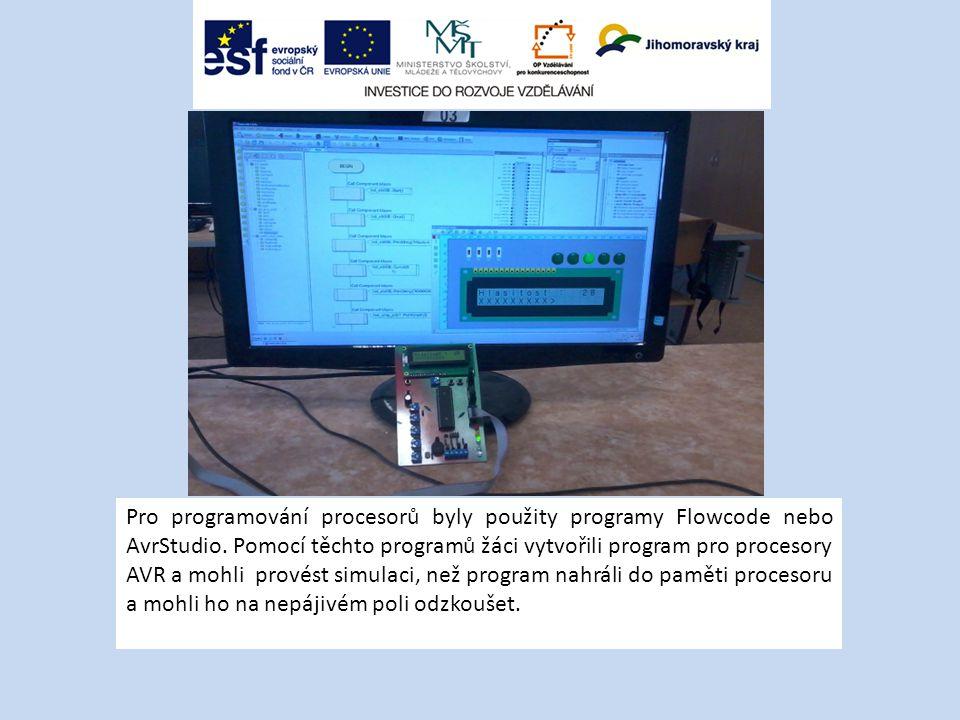 Pro programování procesorů byly použity programy Flowcode nebo AvrStudio.