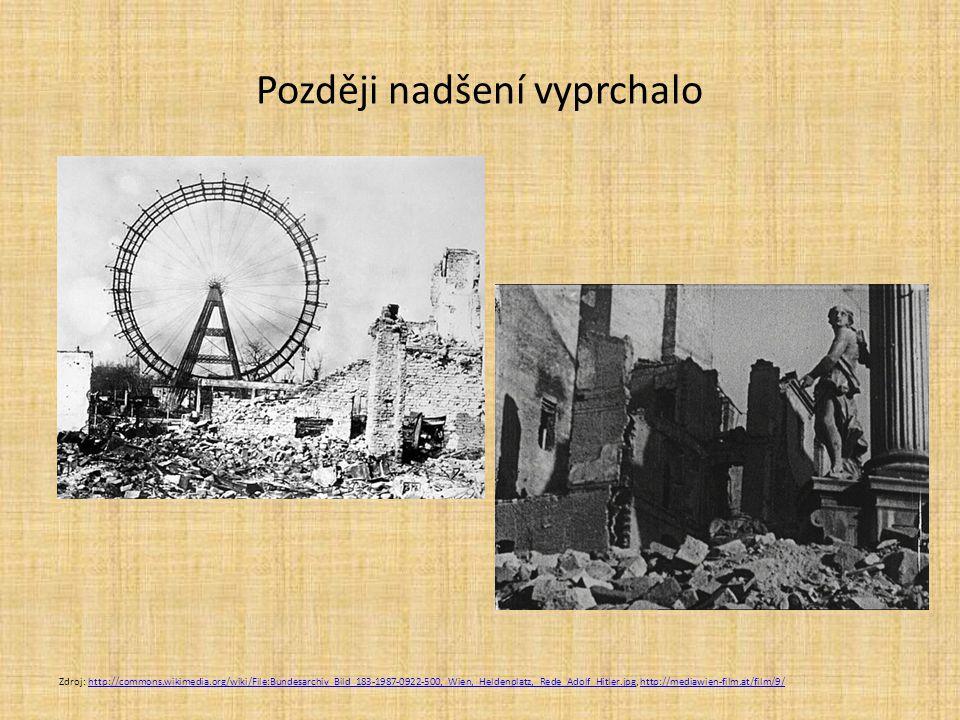 Později nadšení vyprchalo Zdroj: http://commons.wikimedia.org/wiki/File:Bundesarchiv_Bild_183-1987-0922-500,_Wien,_Heldenplatz,_Rede_Adolf_Hitler.jpg,