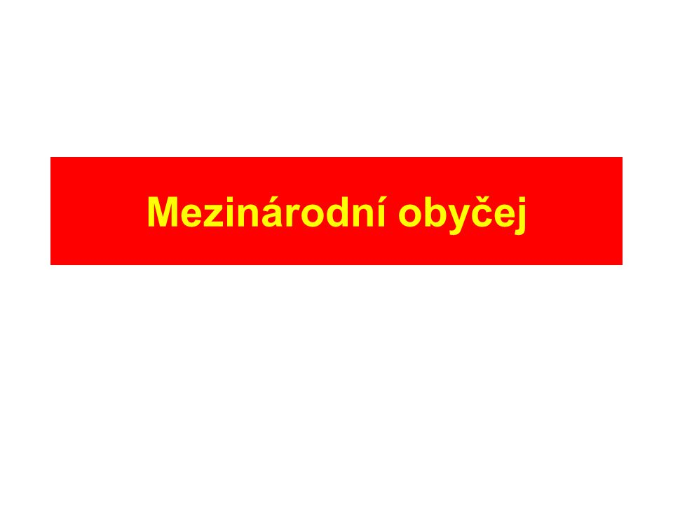 SJEDNÁNÍ TEXTU SMLOUVY DVOUSTRANNÉ: –návrh vypracuje jedna ze stran –sondáž a expertní jednání (vyjednávání) –přijetí (parafování, podpis, podpis ad referendum) MNOHOSTRANNÉ: –návrh připraví mezinárodní organizace –expertní jednání (vyjednávání) –přijetí na diplomatické konferenci (hlasování)