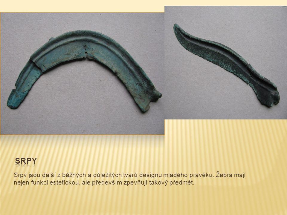 Další užívanou výbavou našich předků byl bronzový šperk.