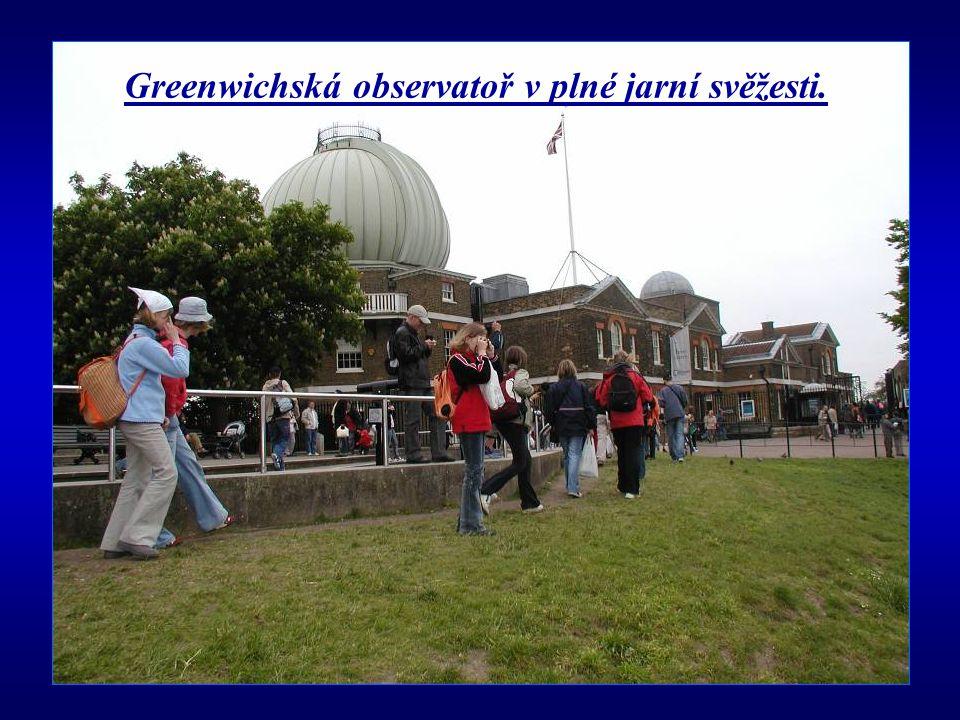 Greenwichská observatoř v plné jarní svěžesti.