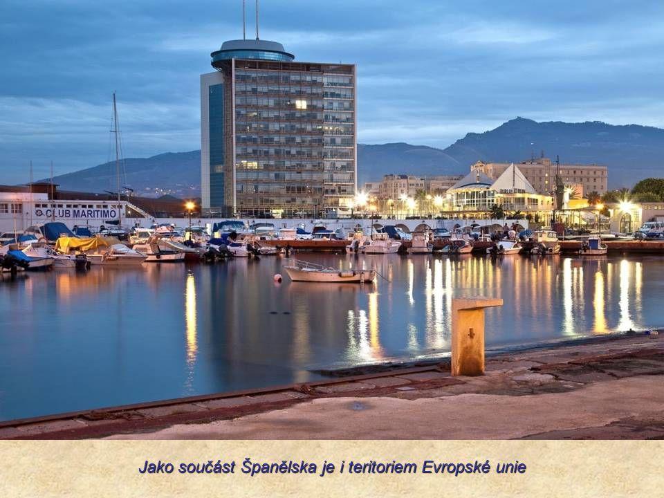 Jako součást Španělska je i teritoriem Evropské unie