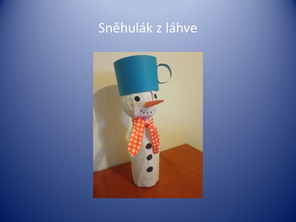Sněhulák z láhve