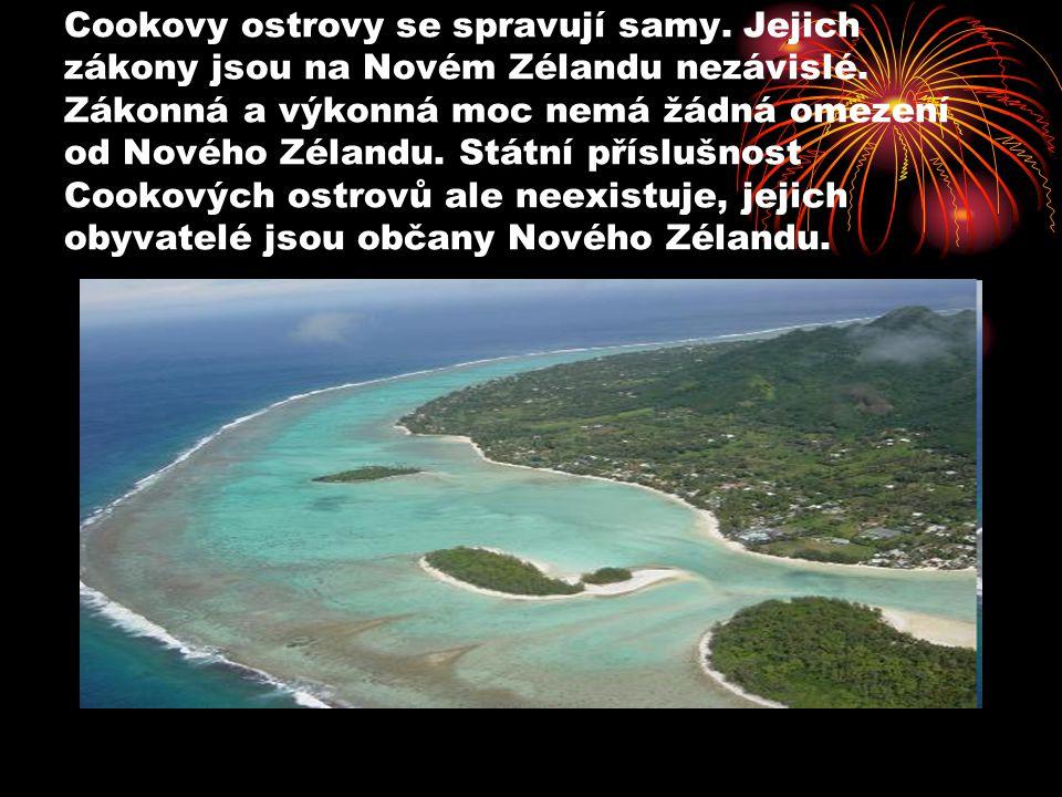Cookovy ostrovy se spravují samy. Jejich zákony jsou na Novém Zélandu nezávislé. Zákonná a výkonná moc nemá žádná omezení od Nového Zélandu. Státní př