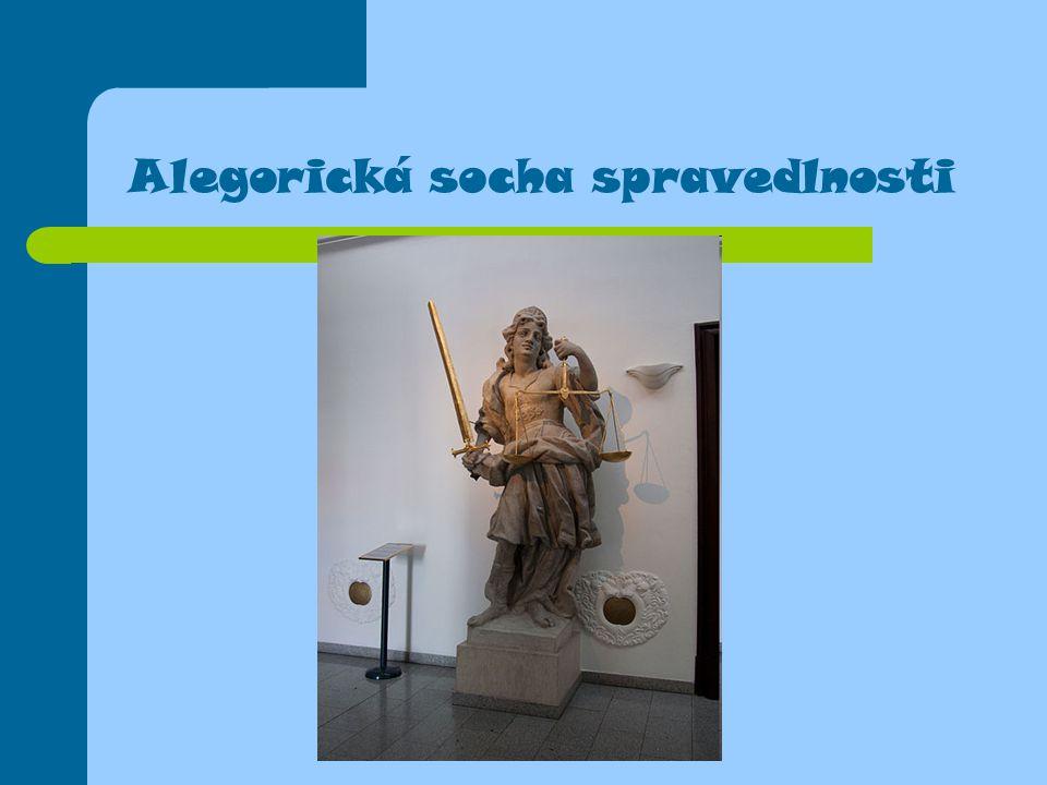 Alegorická socha spravedlnosti