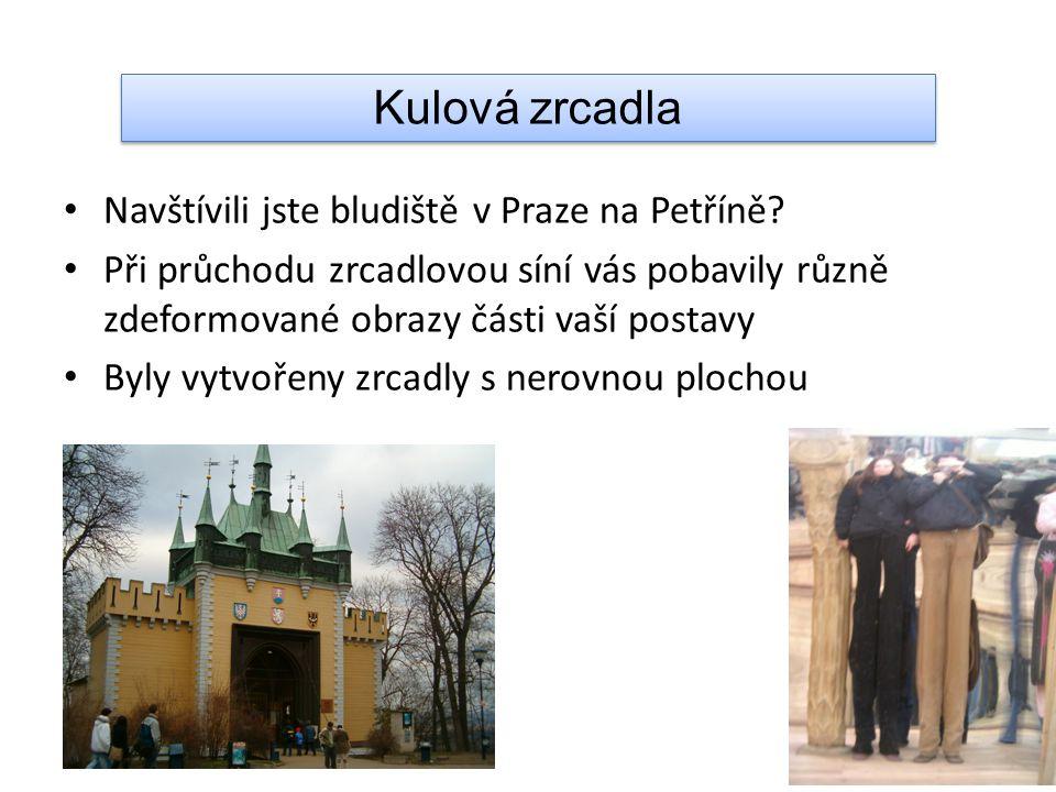 Navštívili jste bludiště v Praze na Petříně.