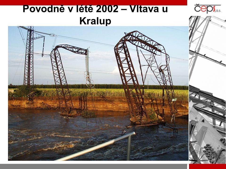 Povodně v létě 2002 – Vltava u Kralup -