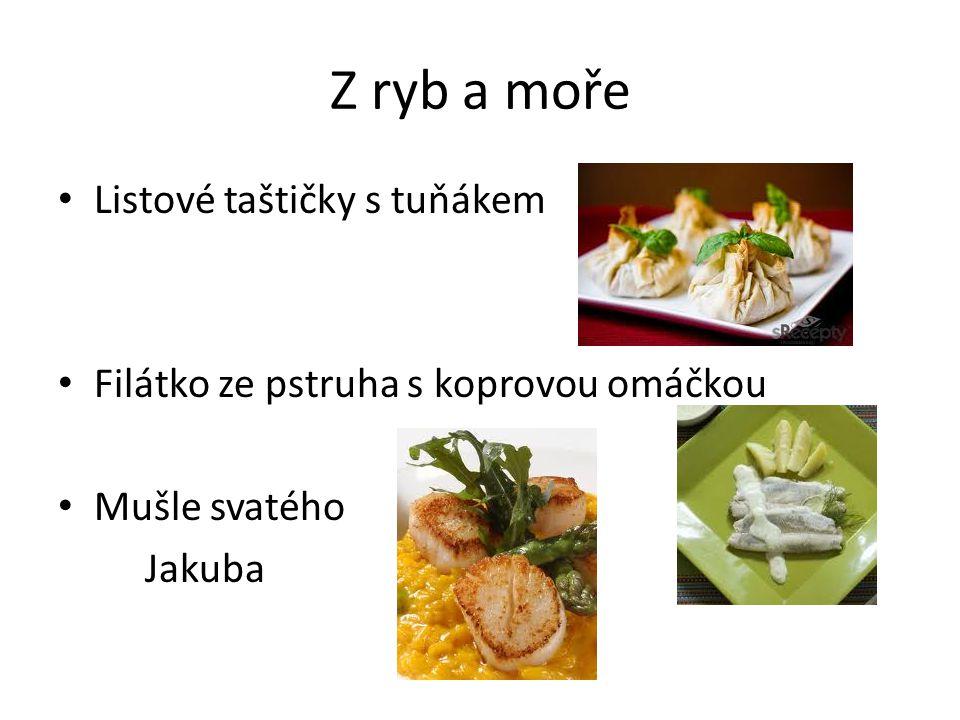 Ruská klasika na českém stole Bliny s kaviárem Pirohy s masem