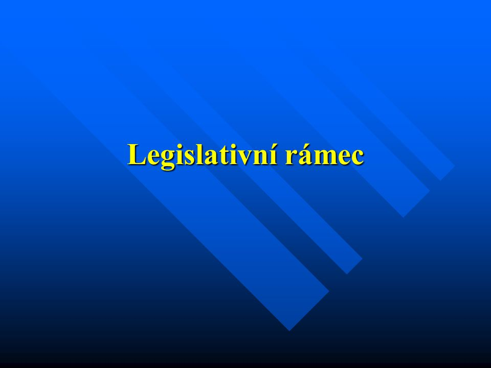 Vývoj v Evropě  legislativa EU  vznik nových velkých společností  Legislativa ČR  Státní energetická koncepce  Energetický zákon  Cenová rozhodnutí ERÚ  Ostatní legislativní nástroje (nařízení vlády a vyhlášky, jiné zákony)  Iniciativa jednotlivých účastníků trhu  Politická rozhodnutí Co ovlivňuje trh s energiemi v ČR?