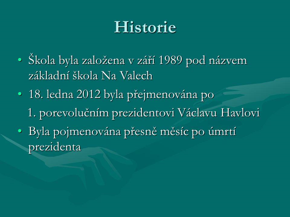 Historie Škola byla založena v září 1989 pod názvem základní škola Na ValechŠkola byla založena v září 1989 pod názvem základní škola Na Valech 18.
