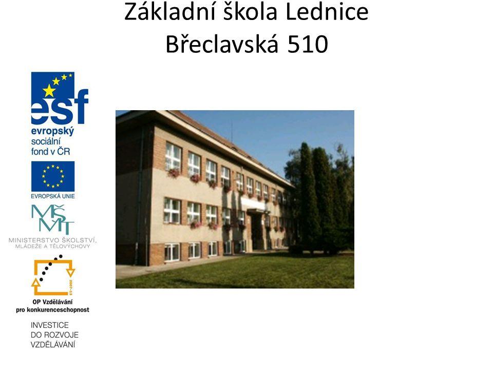Zdroje použité literatury http://www.touroperator.cz/zeme/ceska-republika/popis/ http://www.kct-tabor.cz/gymta/ChranenaUzemiCR/CeskyRaj/index.htm http://www.ubytovanibecva.cz/lyzovani.htm htthttp://www.portalmikulov.cz/kultura-a-vzdelani/ p://www.zlatehory.info/tipy_na_vylet_en.php http://www.skandinavskydum.cz/cs/typ/vystava http://kitlab.pef.czu.cz/1011zs/ete77e/16/ http://stavby.karlovarska.net/stavba.php?ID=200214 http://www.atlasceska.cz/zlinsky-kraj/luhacovice/galerie/8751/1/ http://www.harrachov.com/cz/aktivity/zima/bezecke-lyzovani-harrachov/ www.google.cz Chalupa,P., Horník: Česká republika SPN, Praha Novotná B.: Česká republika, Scientia, Praha