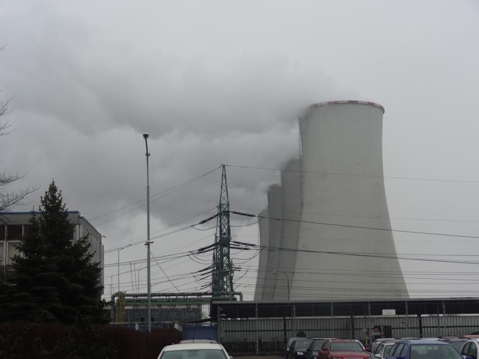 Elektrárna Dětmarovice postavena v r. 1972-76 a svým výkonem 800 MW je nejvýkonnější elektrárnou spalující černé uhlí v ČR (černé uhl z Ostravsko-karv