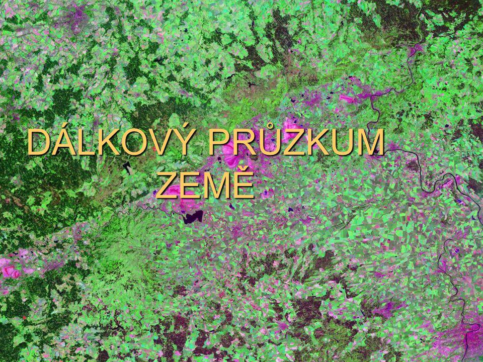 Přístroje: – televizní systém – Multispektrální skener Thematic Mapper snímající v 7 spektrálních pásmech (od 0,45 ηm do 12,50 ηm), – pásma: modré – holá půda Zelené – vegetace Červené – povrchy bez vedetace blízkém infračervené – vegetační studie středně infračervené – vegetace, holá půda, sníh, oblačnost Termální – termální radiace povrchů, teplotní znečištění Střední infračervené 2 – geologické aplikace