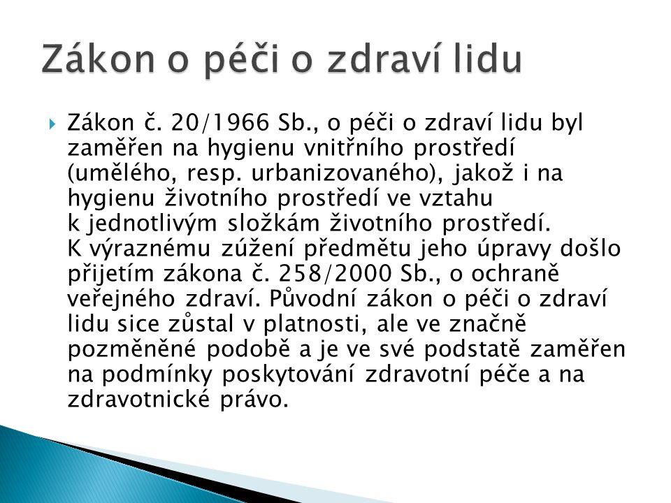  správní úřady ve stanovených správních obvodech, sídlech a územních pracovištích.