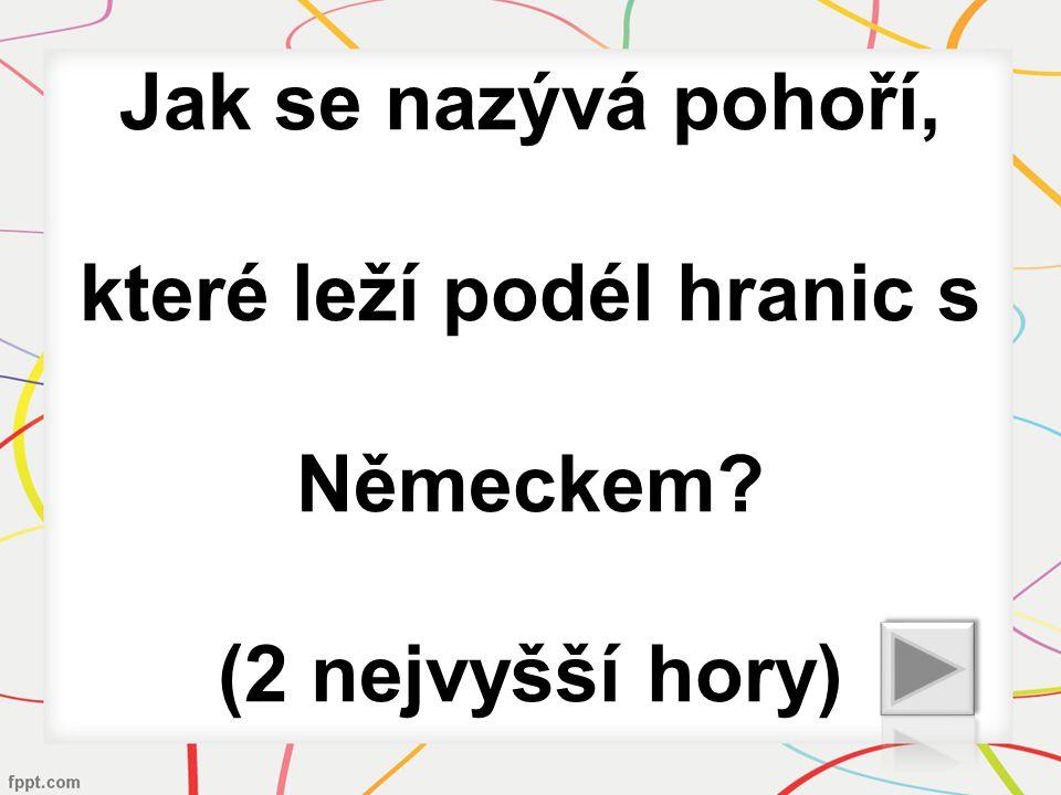 Jak se nazývá obec, ve které se natáčela známá česká trilogie?