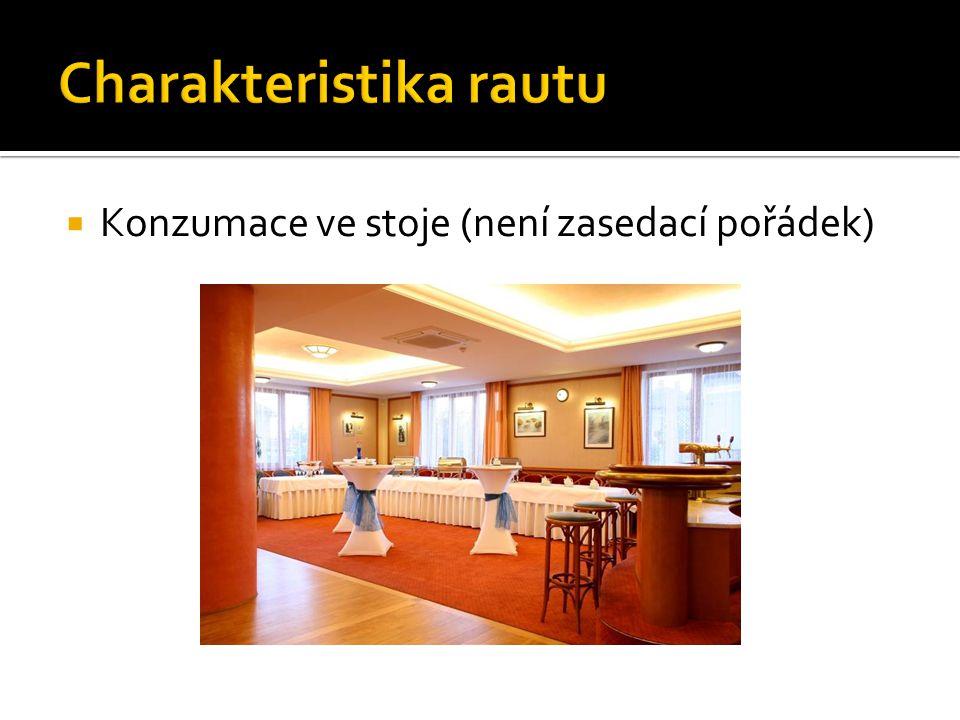  Host si pokrmy překládá sám u nabídkových (bufetových) stolů, s teplými pokrmy může asistovat obsluha
