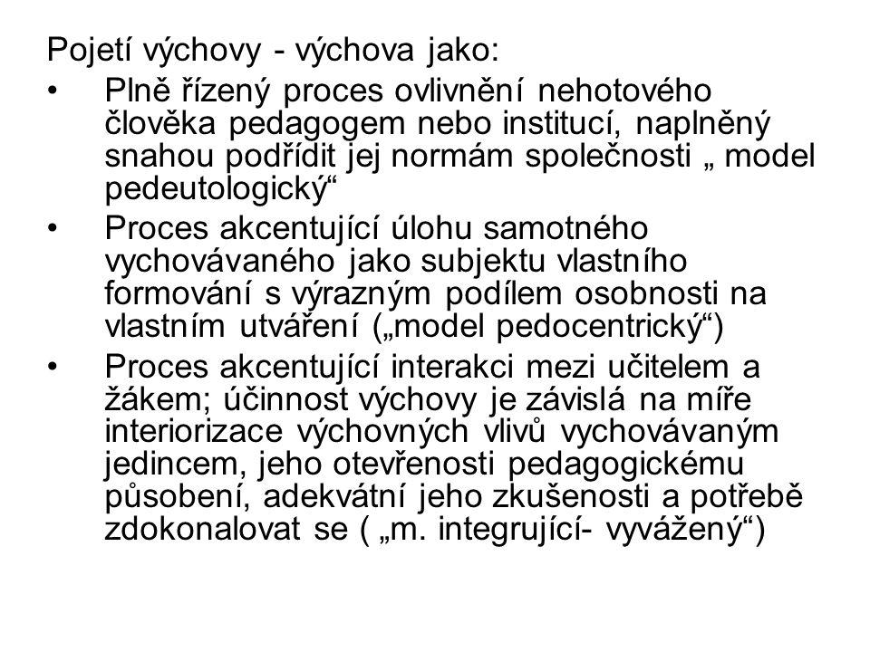 V České republice byl přijat Zákon o předškolním, základním, středním, vyšším odborném a jiném vzdělávání.