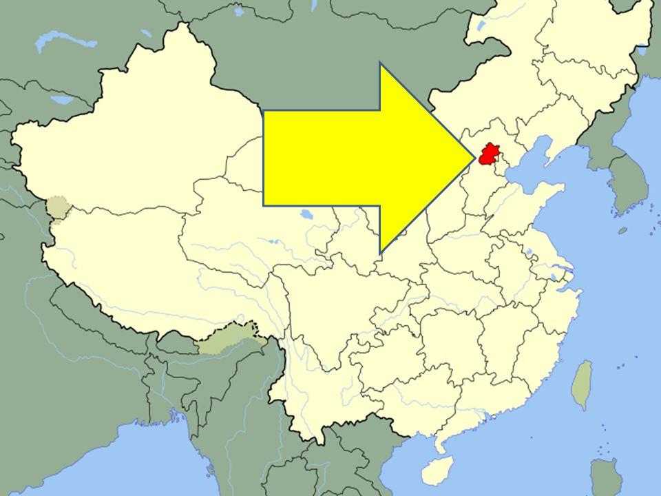 Hlavní město Čínské lidové republiky -Aglomerace -17 550 000 (2009) -39° 54′ 20″ s.