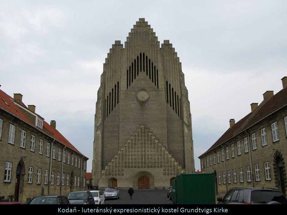 Kodaň - luteránský expresionistický kostel Grundtvigs Kirke