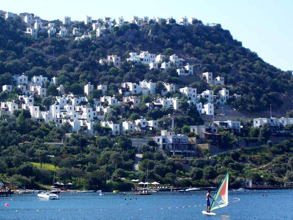 Je tu docela draho, protože sem jezdí skoro všichni bohatí Turci na dovolenou