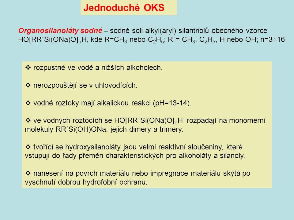  rozpustné ve vodě a nižších alkoholech,  nerozpouštějí se v uhlovodících.  vodné roztoky mají alkalickou reakci (pH=13-14).  ve vodných roztocích