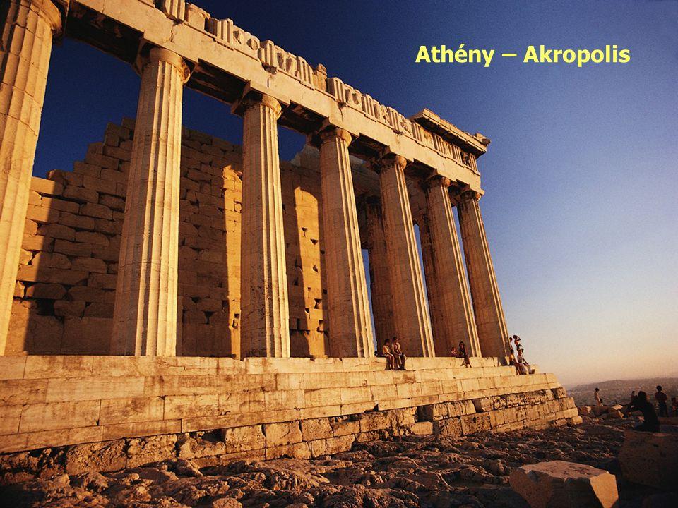 Řecko vyniká dopravou: silniční železniční vodní