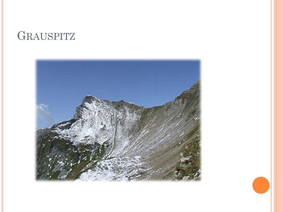 H ISTORIE Lichtenštejnské dějiny jsou úzce spjaty s dějinami Českého království.
