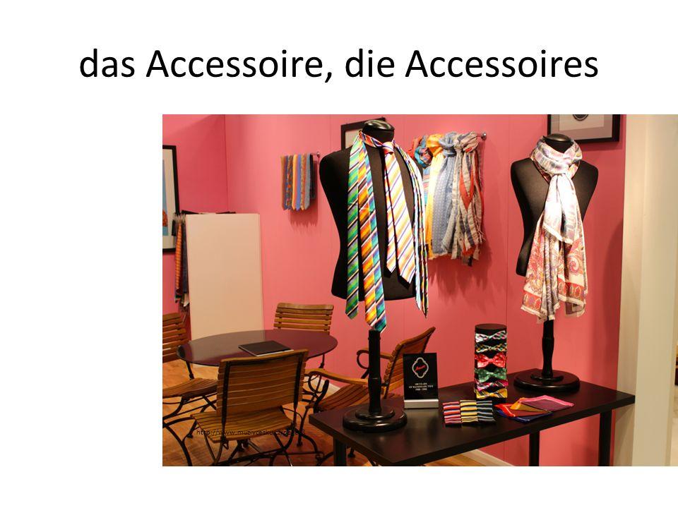 das Accessoire, die Accessoires http://www.muzivcesku.cz/page/3