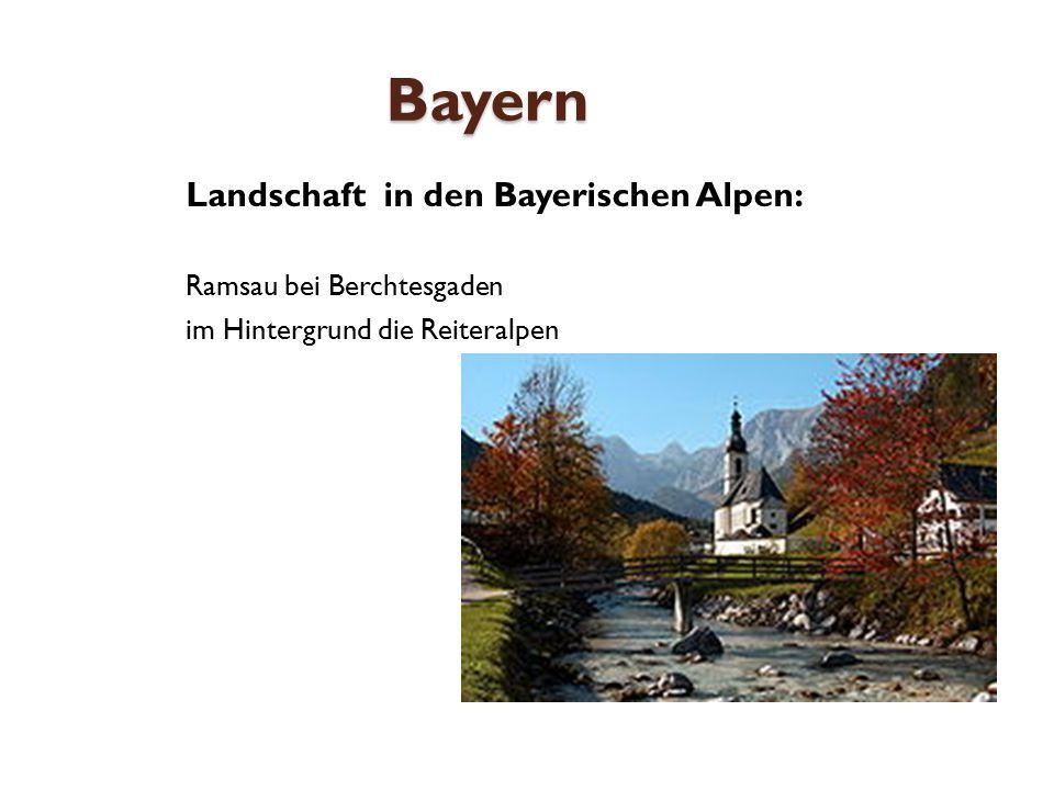 Bayern Landschaft in den Bayerischen Alpen: Ramsau bei Berchtesgaden im Hintergrund die Reiteralpen