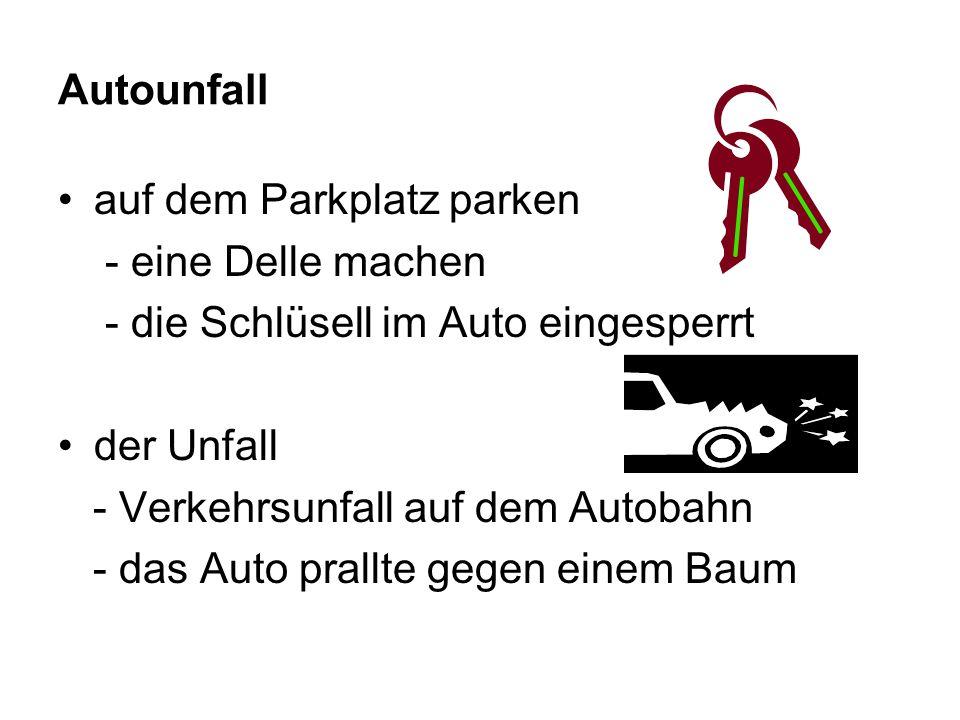 Autounfall auf dem Parkplatz parken - eine Delle machen - die Schlüsell im Auto eingesperrt der Unfall - Verkehrsunfall auf dem Autobahn - das Auto prallte gegen einem Baum