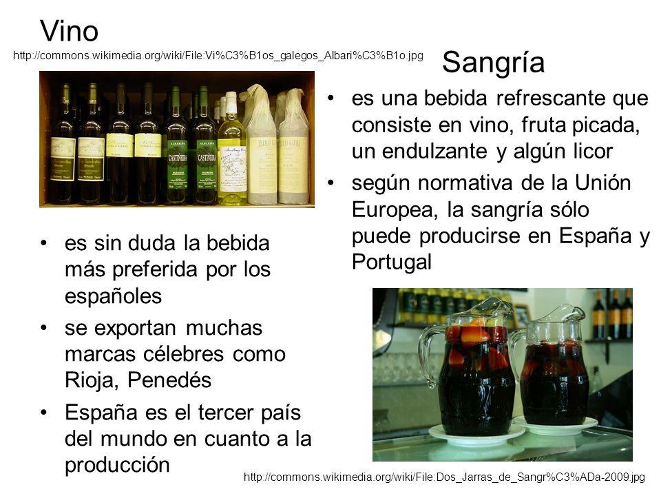 Vino es sin duda la bebida más preferida por los españoles se exportan muchas marcas célebres como Rioja, Penedés España es el tercer país del mundo en cuanto a la producción Sangría es una bebida refrescante que consiste en vino, fruta picada, un endulzante y algún licor según normativa de la Unión Europea, la sangría sólo puede producirse en España y Portugal http://commons.wikimedia.org/wiki/File:Dos_Jarras_de_Sangr%C3%ADa-2009.jpg http://commons.wikimedia.org/wiki/File:Vi%C3%B1os_galegos_Albari%C3%B1o.jpg