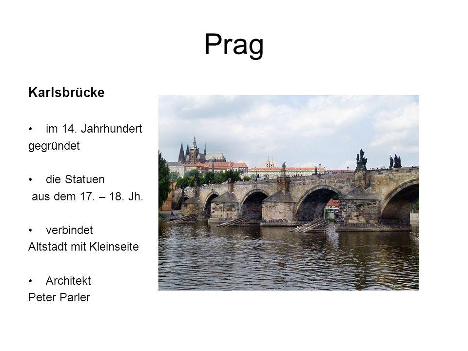 Prag Karlsbrücke im 14. Jahrhundert gegründet die Statuen aus dem 17.