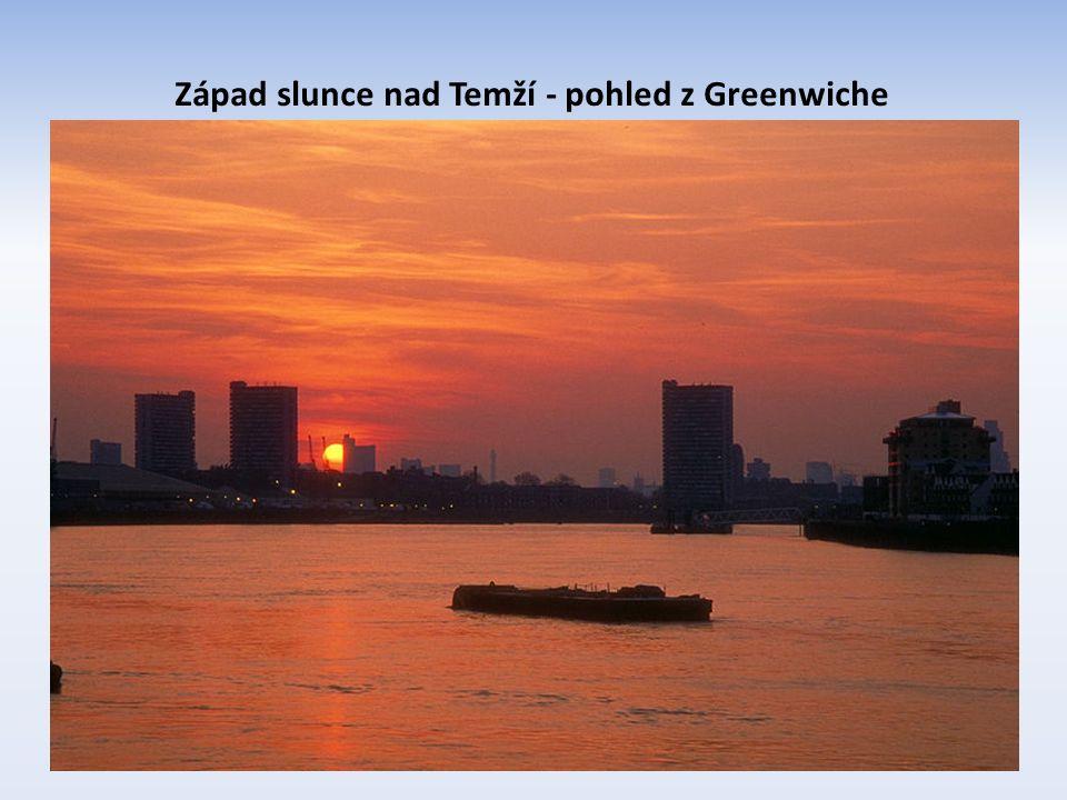 Západ slunce nad Temží - pohled z Greenwiche