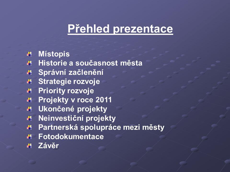 Priority rozvoje Priority rozvoje jsou v souladu s akčním plánem strategie rozvoje zapracovány v Programovém prohlášení Zastupitelstva Města Zlatých Hor pro období 2011-2014, které bylo projednáno a schváleno ZM 7.