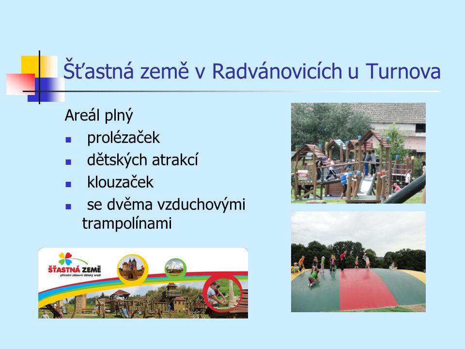 Šťastná země v Radvánovicích u Turnova Areál plný prolézaček dětských atrakcí klouzaček se dvěma vzduchovými trampolínami